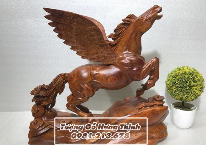 Chơi tượng ngựa gỗ phong thủy thế nào để thăng tiến nhanh nhất